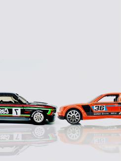 Hot Wheels BMW CSL vs. M3