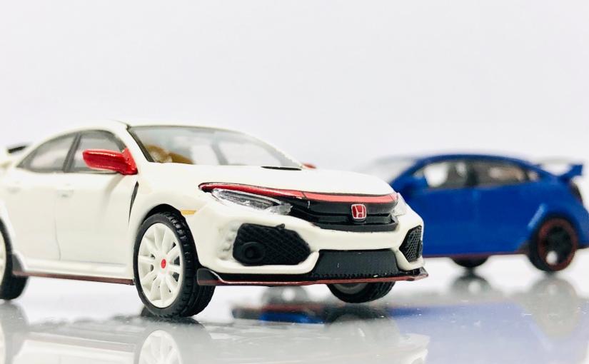 Mini GT Honda Civic Type R: White vsBlue