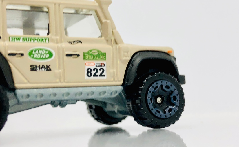 Hot Wheels Indonesia Land Rover Defender DoubleCab